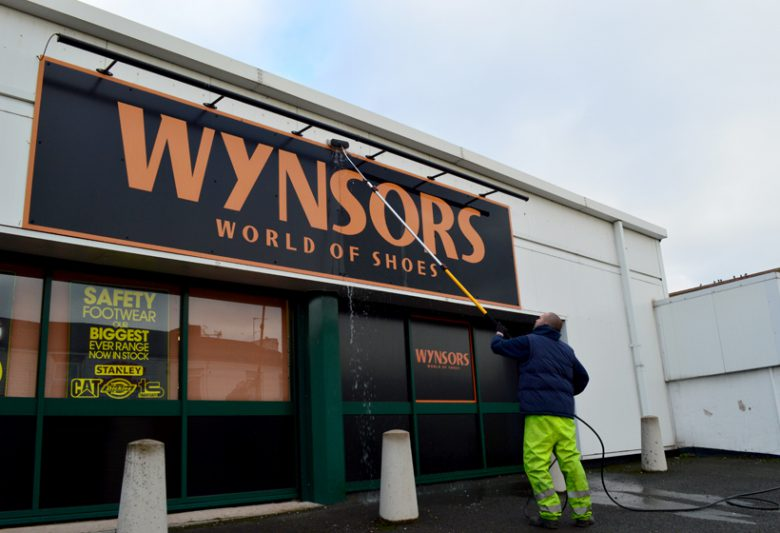 Wynsors Front Before On-site Spraying