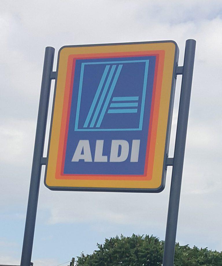 Aldi external refurbishment in Hull