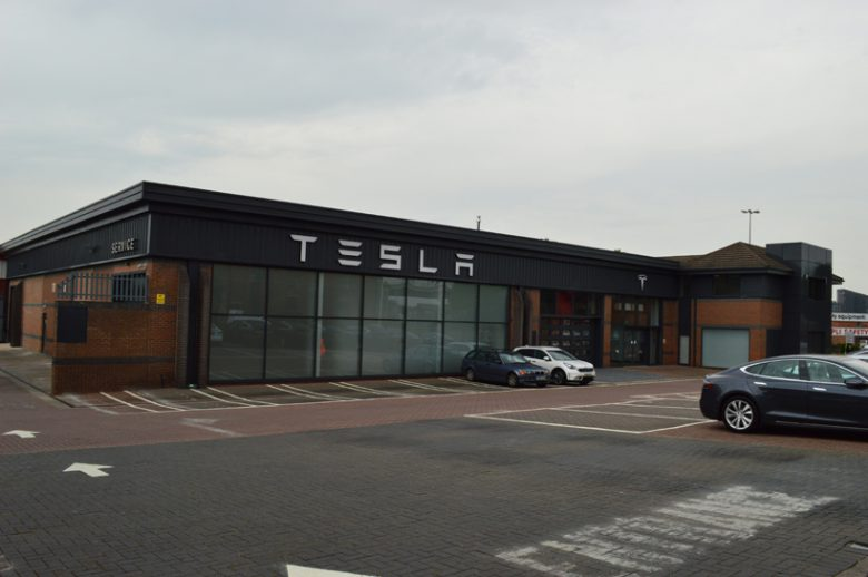 Tesla Leeds car showroom refurbishment