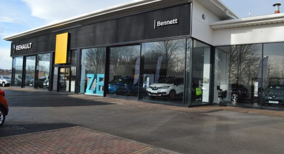 Renault Dacia Showroom Leeds Shopfront Spraying