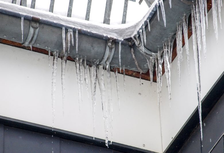Iceicle on gutter system