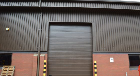 Hadfield house roller shutter doors